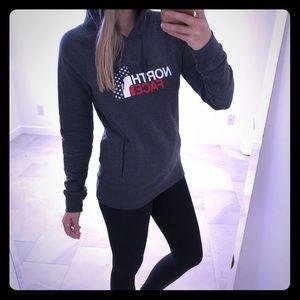 NWOT North Face Sweatshirt